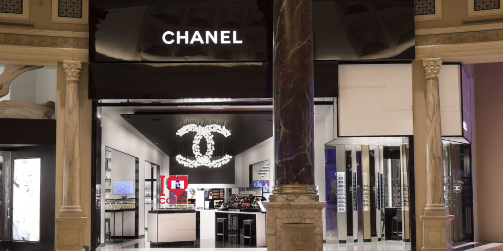 Chanel Opens Largest Beauty Counter Ever In Las Vegas   Wynter Style
