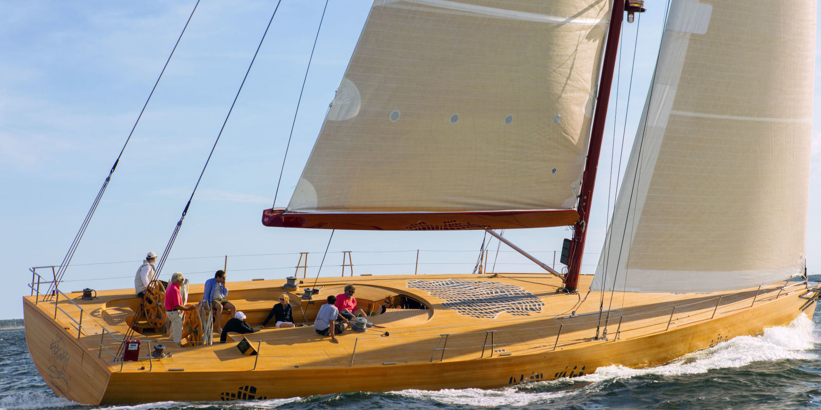 Frank Gehry's First-Ever Yacht