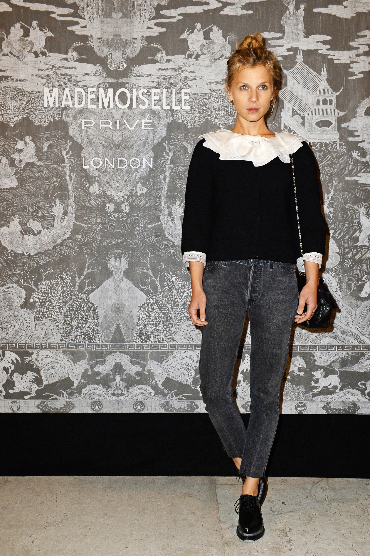 Chanel Ambassadors F 234 Te The Mademoiselle Priv 233 Exhibition