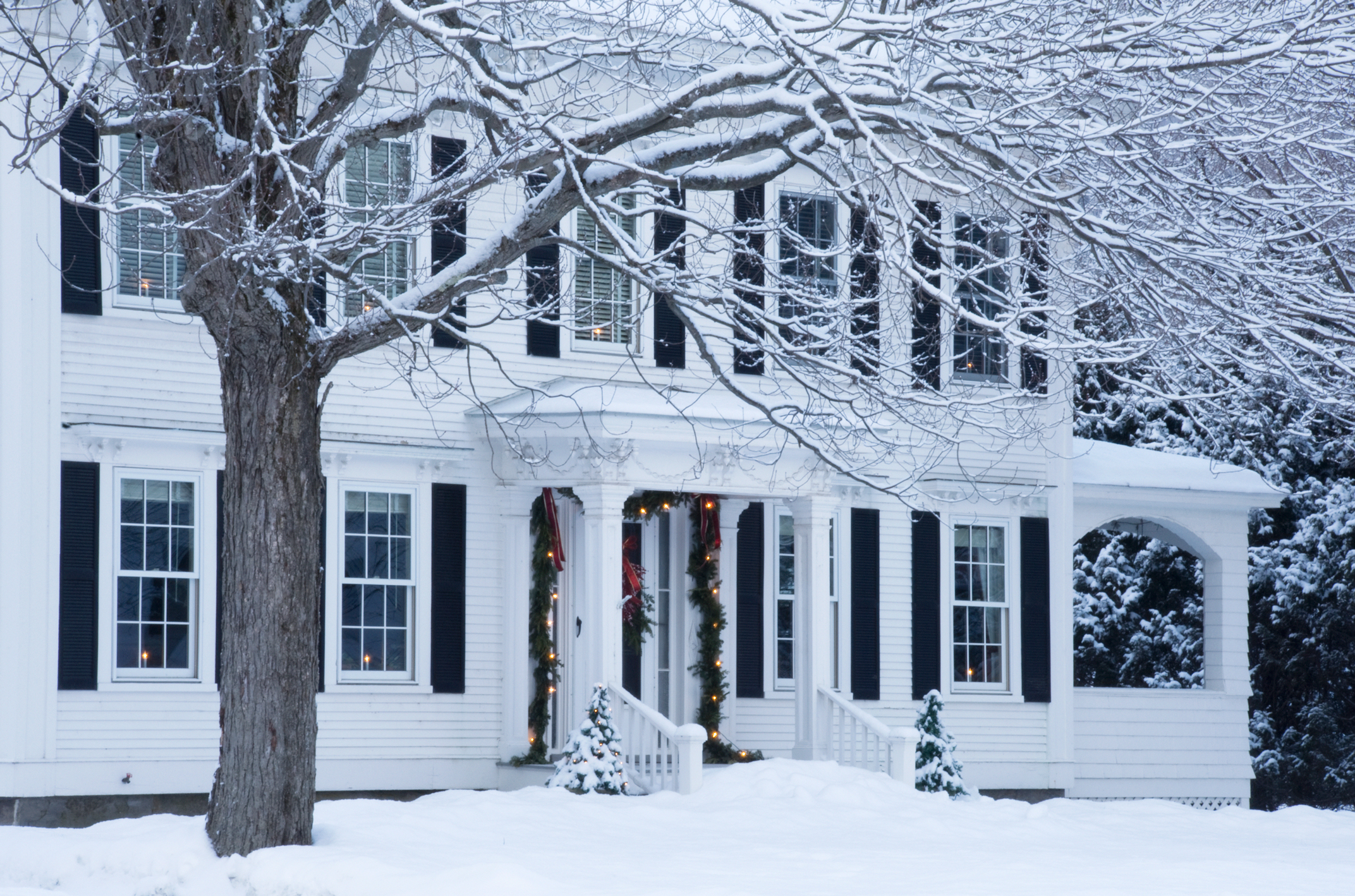 16 best christmas towns in usa best christmas towns in for Best places in usa to visit for christmas