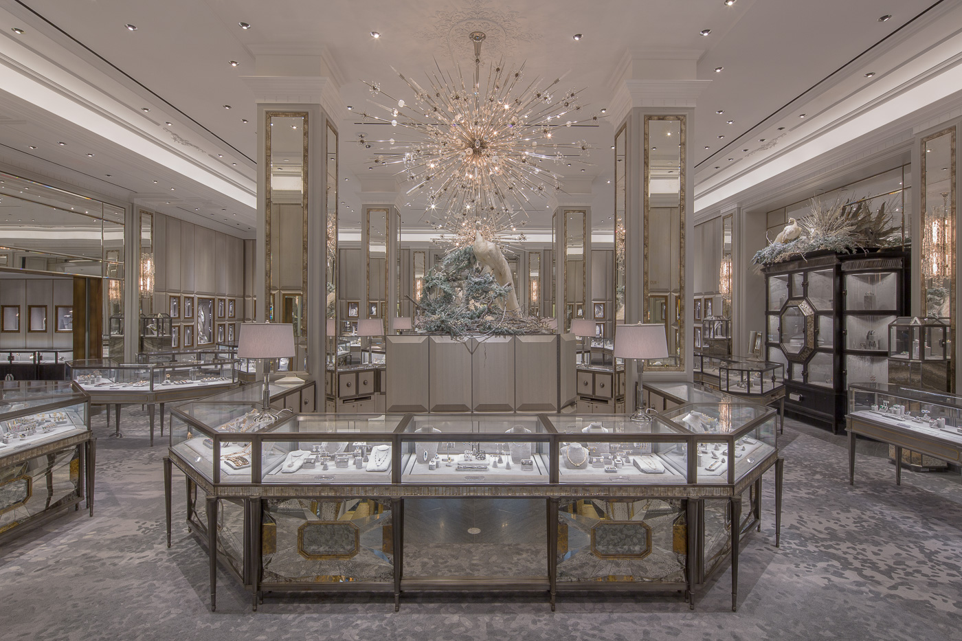 Bergdorf goodman jewelry salon - Bergdorf goodman salon ...
