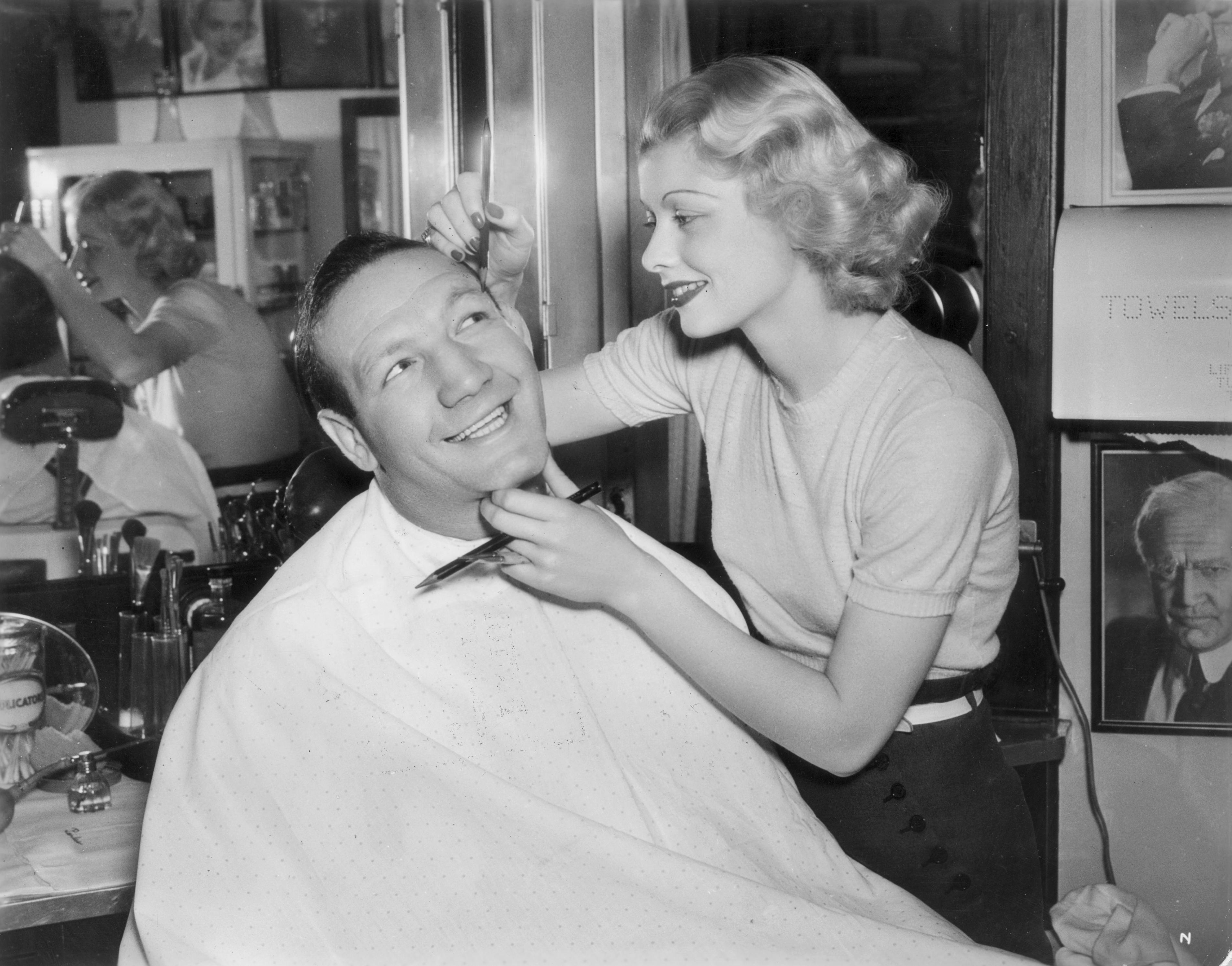 32 Rarely Seen Photos Of Lucille Ball
