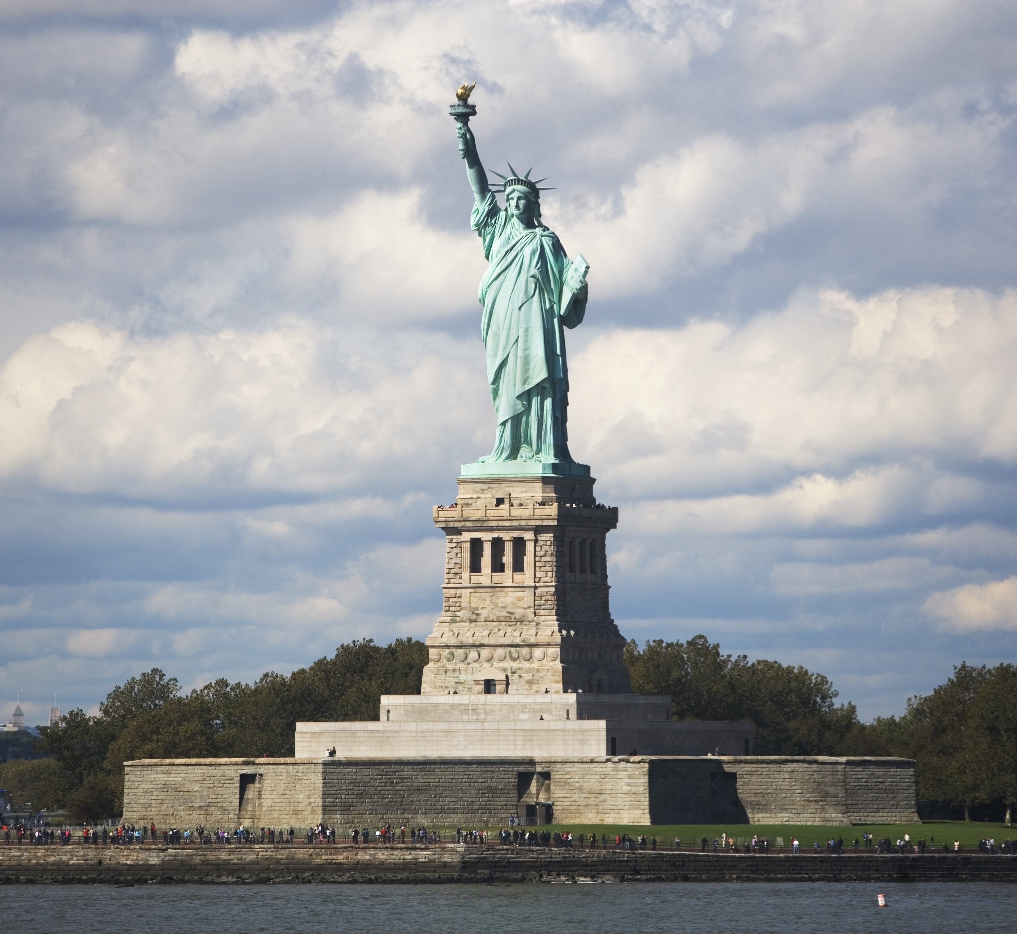 Beautiful Places In Usa Youtube: 10 Fascinating Truths About Famous Landmarks In America