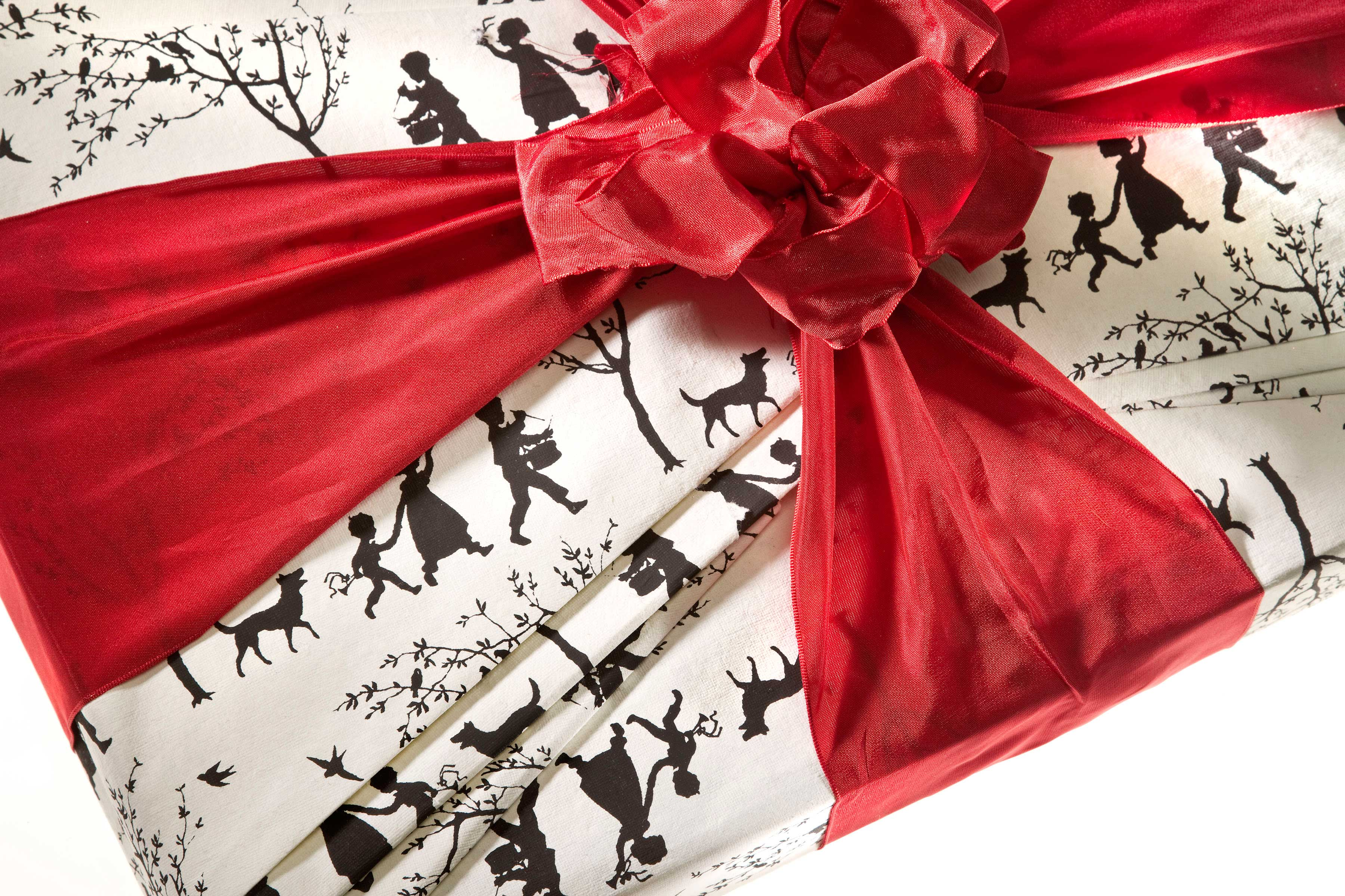 23 Best Christmas Gifts Under $50 - Holiday Gift Ideas ...