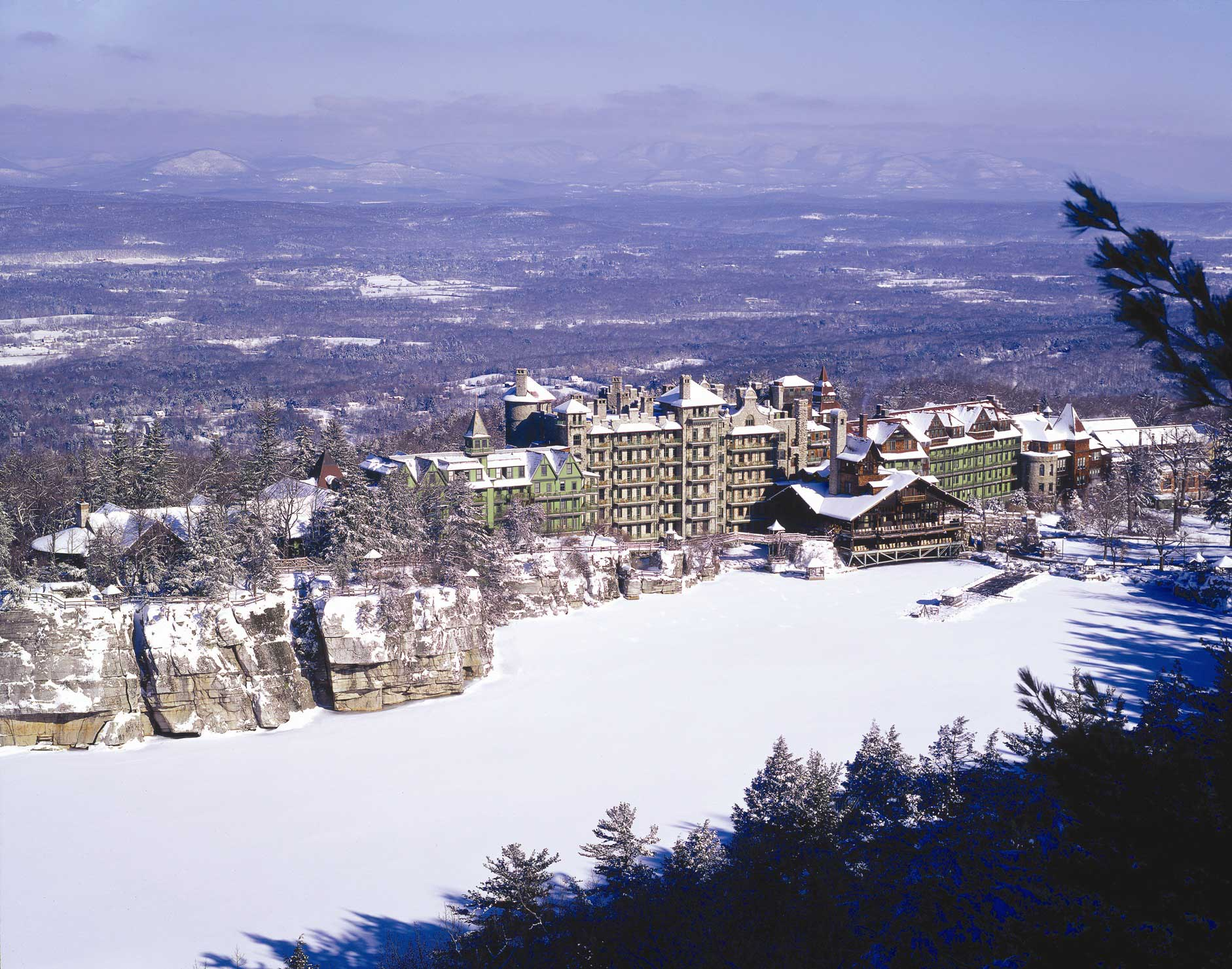 8 Best Winter Weekend Getaways