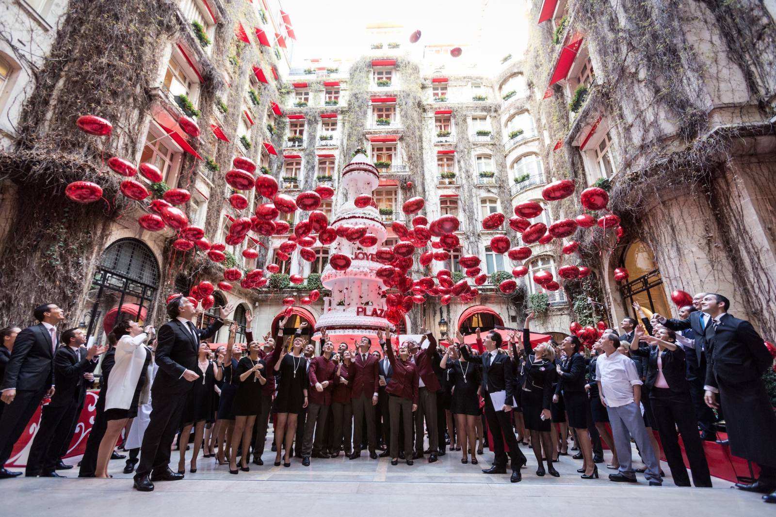 Hotel plaza athenee 100th anniversary and renovation - Renovation plaza athenee ...