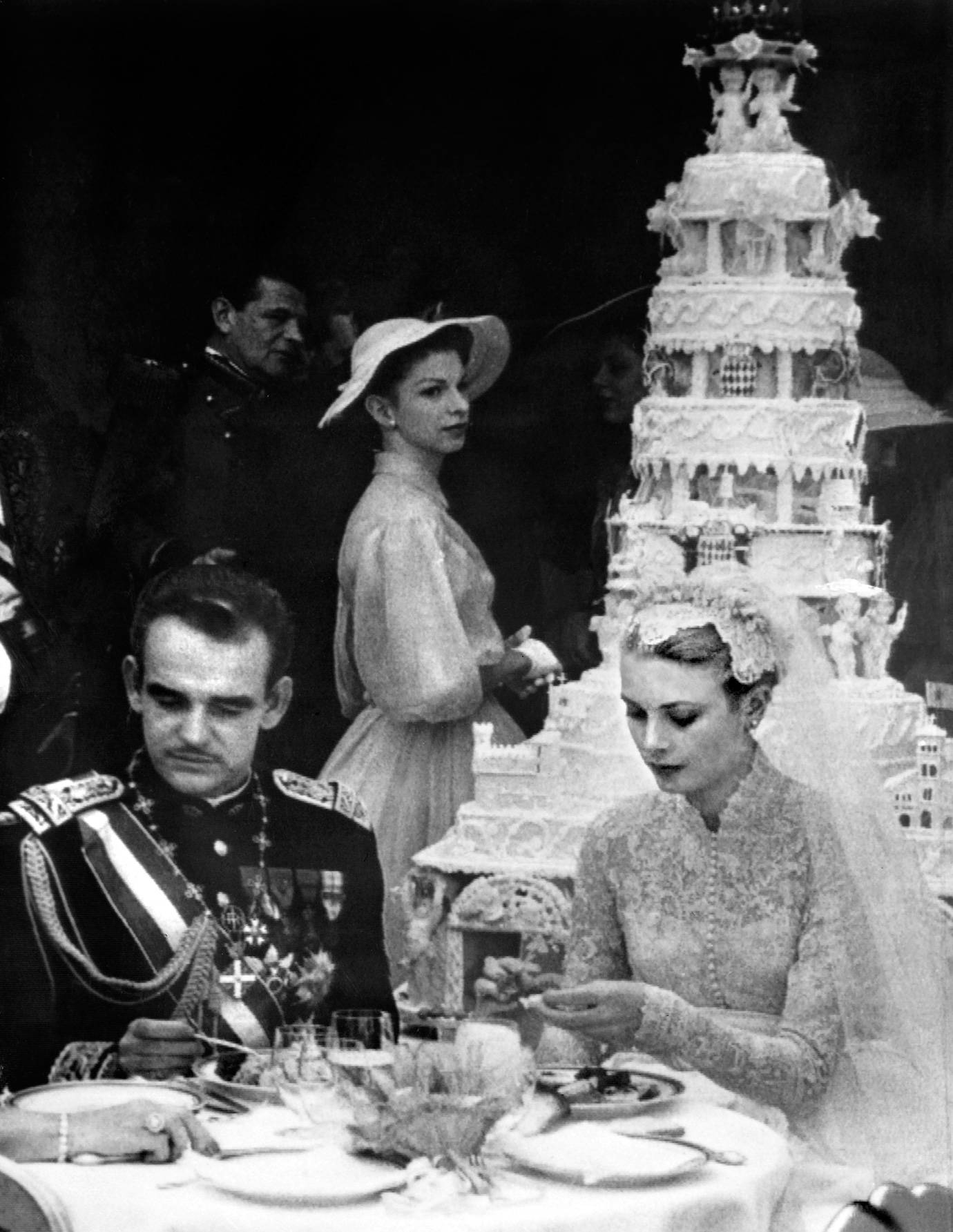 Wedding Cakes Through History Royal Wedding Cake