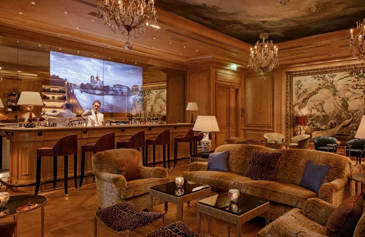 le bristol paris lounge review photos of le bristol paris cocktail lounge. Black Bedroom Furniture Sets. Home Design Ideas